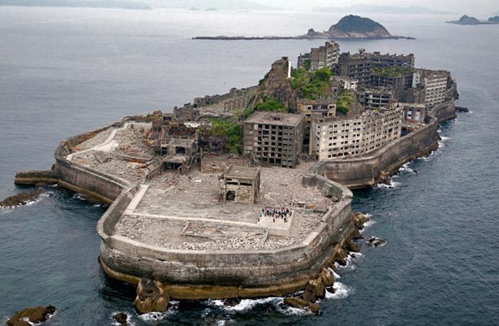Хасима: остров призрак Заброшенное, Остров, Руины, Забытое, Длиннопост