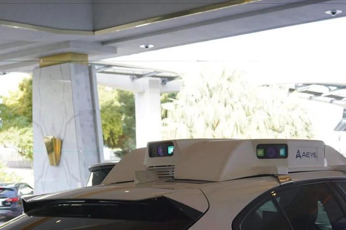 Беспилотные автомобили не любят, когда их фотографируют. И поджигают камеры Лазер, Цифровой фотоаппарат, Беспилотный автомобиль, Видео, Длиннопост