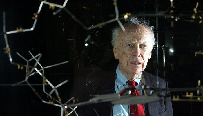 Первооткрывателя ДНК Джеймса Уотсона лишили почетных званий. Он настаивает, что белые и чернокожие не равны по интеллекту Черные, Ученые, Наука, Толерантность