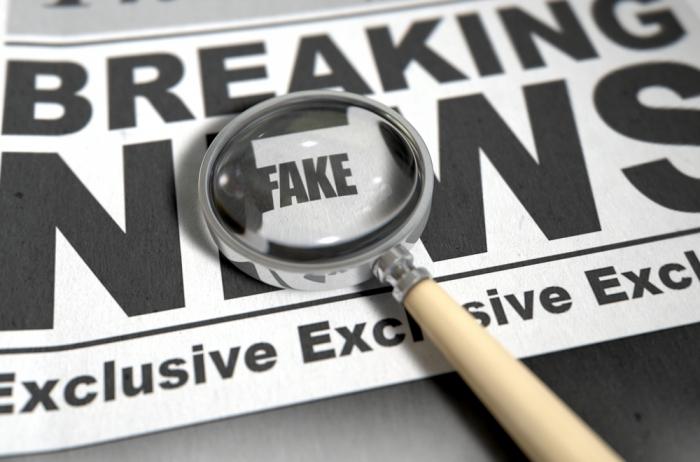 """Правительство одобрило законопроект о """"неуважительных"""" публикациях в интернете Новости, Текст, Длиннопост, Закон, Сми, Госдума, Россия"""