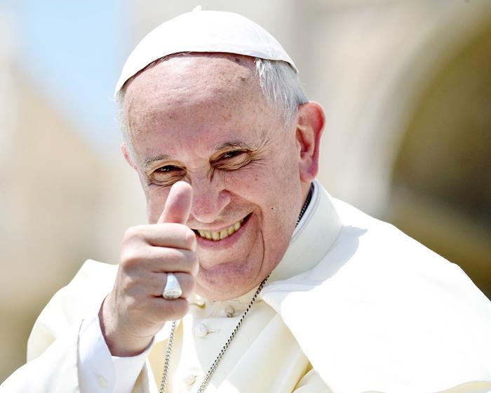 """Папа Римский объявил о запуске мобильного приложения """"Кликни, чтобы помолиться"""". Папа Римский, Церковь, Технологии"""