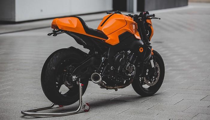 YAMAHA MT-10 С ЧАСТИЧКОЙ MCLAREN Мото, Мотоциклы, Мотоциклист, Кастом, Искусство, Длиннопост