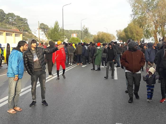 Угадай страну по фото и видео. Греция, Европа, Митинг, Беженцы, Африка, Ужасы, Мигранты, Туризм, Длиннопост