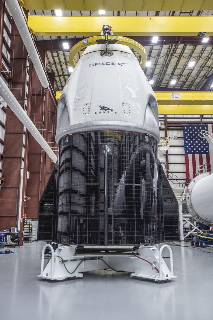 В четверг прошли огневые испытания ракеты Falcon 9 для тестового полета Crew Dragon Spacex, Dragon 2, Тест, Подготовка, Пилотируемые полеты, NASA, Космос, Техника, Длиннопост