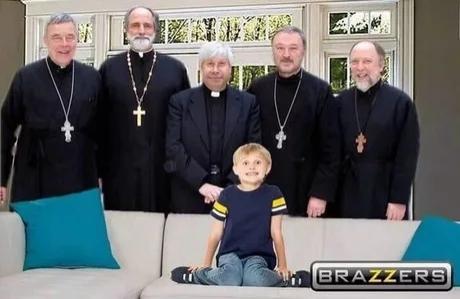 Старая картинка на новый лад Браззерс, Священнослужители