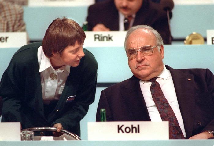 Ангела Меркель и Гельмут Коль в 1991 году