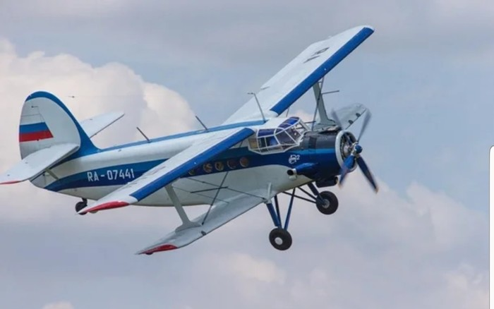 Ан-2: единственный самолет в мире, который умеет летать хвостом вперед Самолет, Ан-2, Кукурузник АН-2, Авиация, Длиннопост