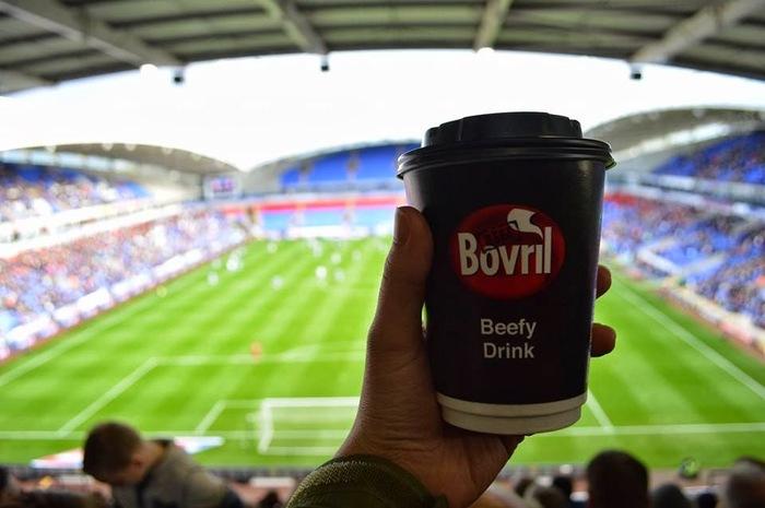 Что едят на европейских стадионах Футбол, Еда, Стадион, Длиннопост