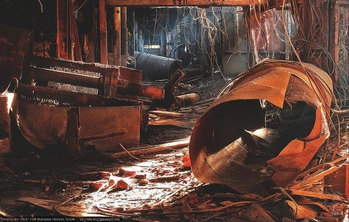 """""""Производственный Срез"""" Ржавые руины заброшенного завода в Подмосковье Заброшенный завод, Урбанфото, Длиннопост"""