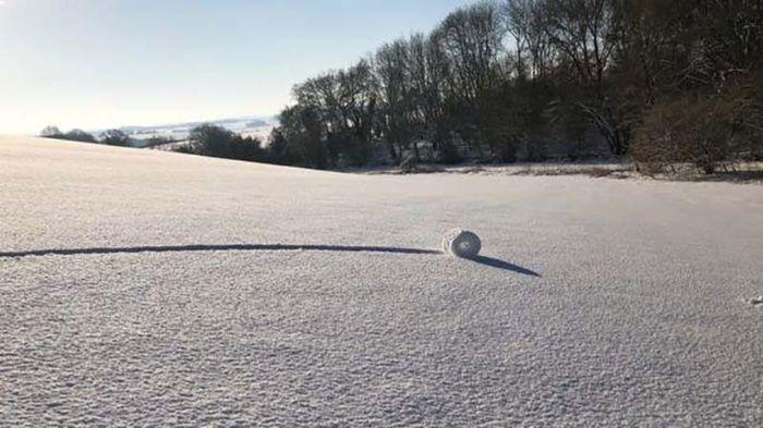 Таинственные снежные рулоны на полях графства Уилтшир Интересное, Длиннопост, Фотография, Снег, Ветер, Природные явления