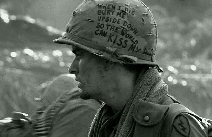 """Вьетнамская война. """"Когда я умру, положите меня лицом вниз, чтобы весь мир мог поцеловать мою задницу"""""""