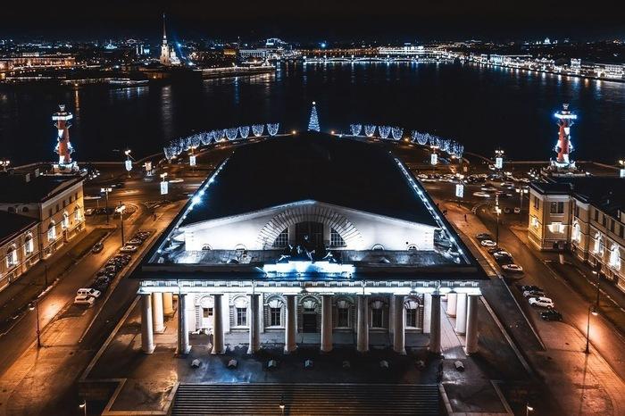 Питер. Здание Биржи Санкт-Петербург, Биржа