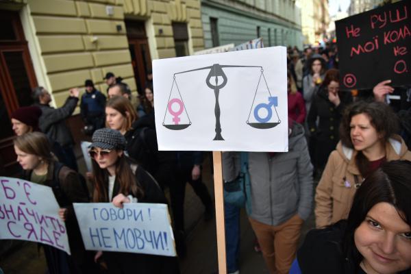 «Пересядь на мужское лицо». Как Reebok и феминистки доказали, что Россия – не Запад Феминизм, Реклама, Reebok, Россия, Длиннопост, Нивкакиерамки