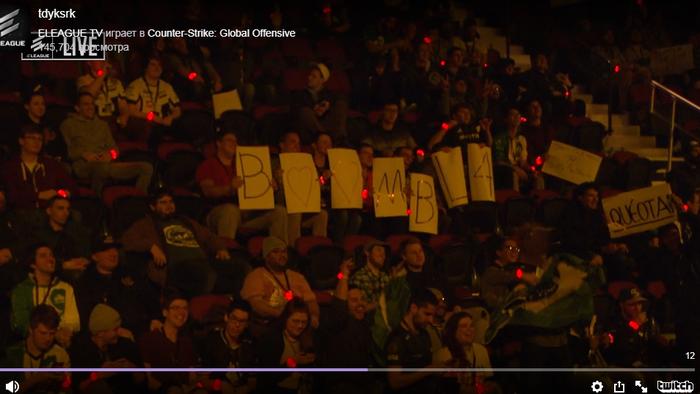 Год назад фанаты поддержали игрока по CS:GO. Позже он их забавно отблагодарил CS:GO, Boombl4, Киберспорт, Фанаты, Болельщики, Позитив, Длиннопост