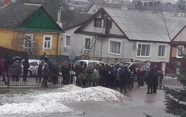 В Беларуси ученик в школе зарезал учительницу и подростка Белоруссия, Школа, Убийство, Негатив, Беларусь, ЧП