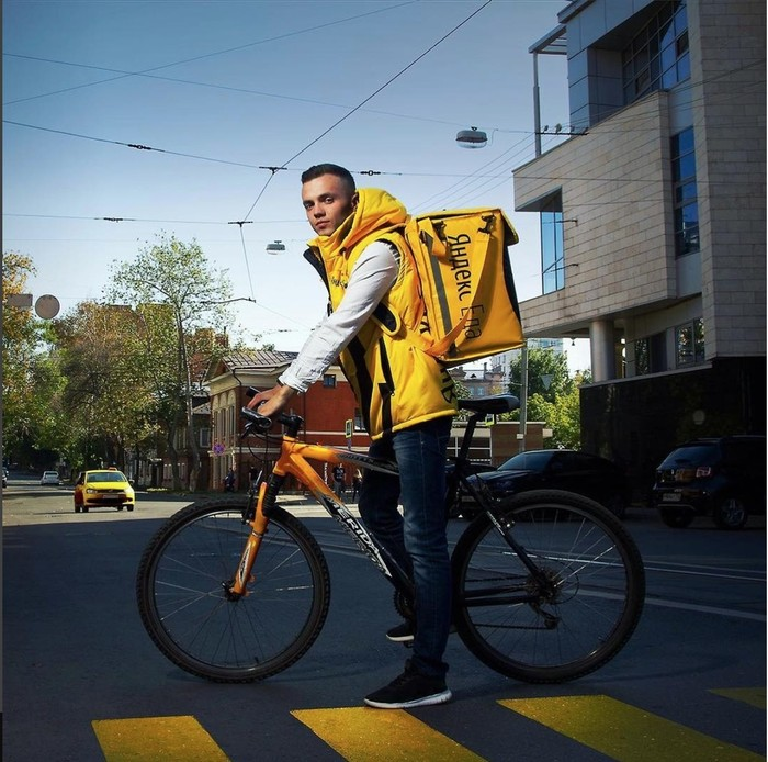 """Работа в """"Яндекс.Еда"""""""
