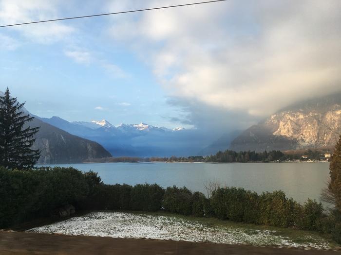 Озеро Комо в канун Рождества, Италия Озеро Комо, Италия, Длиннопост