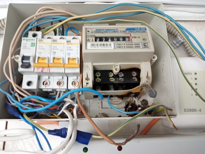 Электрика наука о контактах (недоконтакт) Электрика, Плохой контакт, Бардак, Электричество, Щиток, Неисправности, Длиннопост