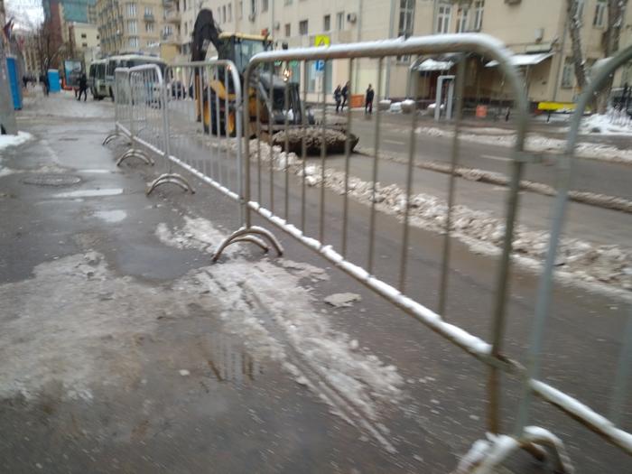 Уборка перед приходом гостей Мечеть, Москва, Снег