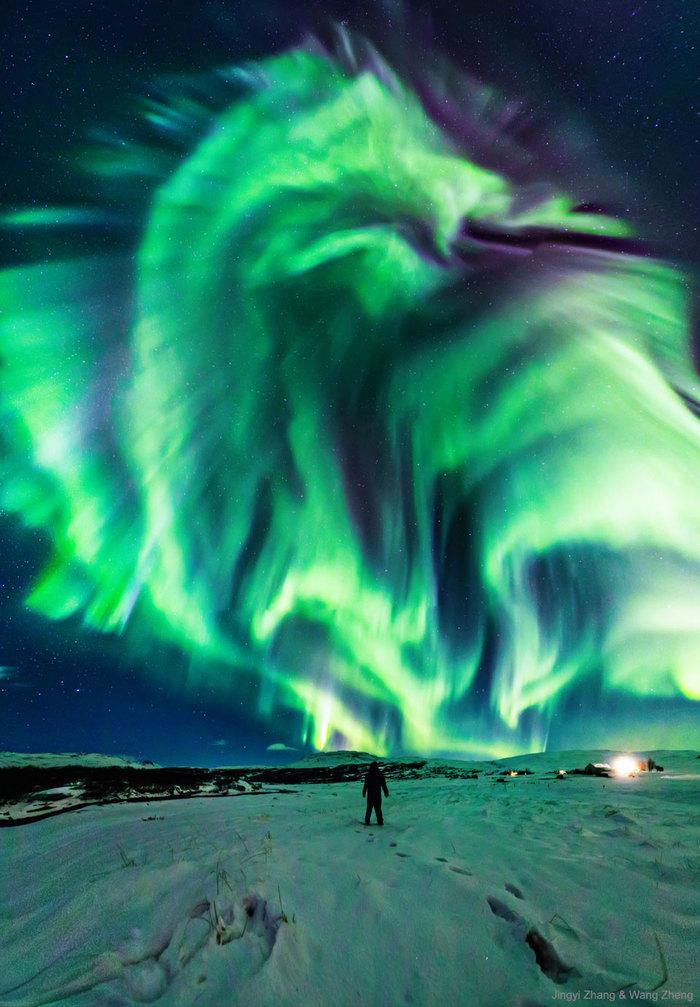 Северный дракон NASA APOD, Северное сияние, Исландия, Фотография