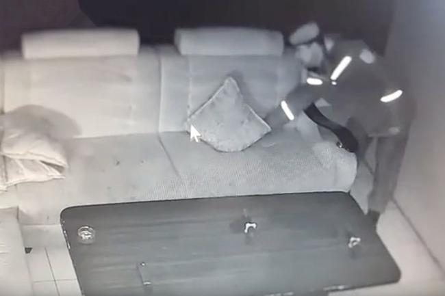 Сотрудник нацгвардии Узбекистана, подбросивший нож в ночном заведении, пока что отделался отстранением Узбекистан, Ташкент, Средняя Азия, СНГ, Полиция, Милиция, Подлог, Негатив