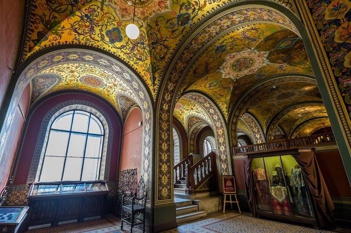 «Муха» изнутри Муха, Санкт-Петербург, Длиннопост