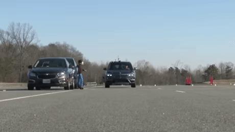 Система безопасности для пешеходов от BMW