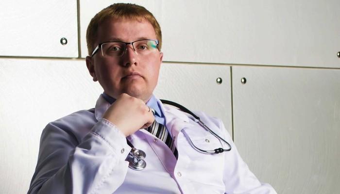 Коллеги ипациенты обвинили московского педиатра вмошенничестве. Онякобы годами колол детям физраствор вместо прививок Педиатрия, Мошенничество, Длиннопост, Негатив