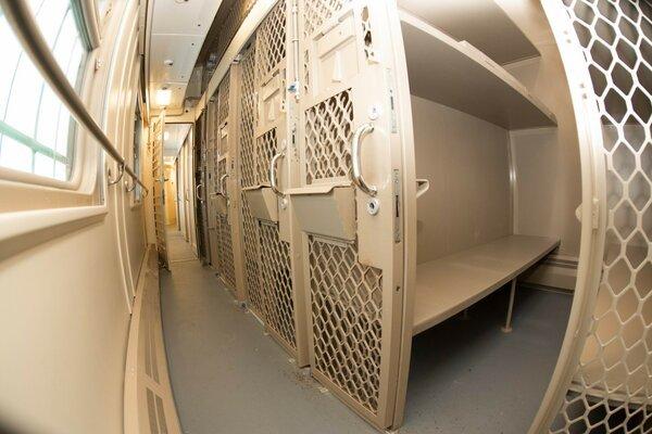 Тюрьма на железных колесах Автомобилисты, Неправильная парковка, Длиннопост