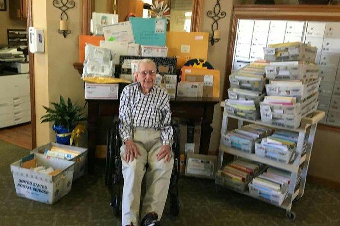 Просто ветеран Второй Мировой войны, получивший 3000 поздравлений на свое 100-летие