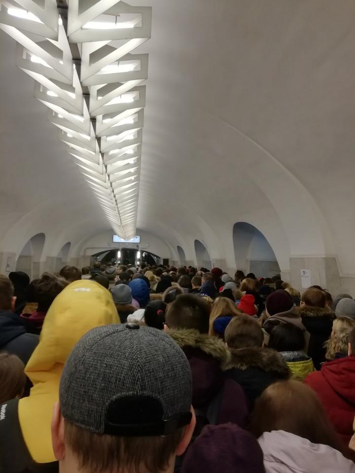 Пост бугурта о метро и эскалаторах Метро, Стадо, Пробки, Длиннопост