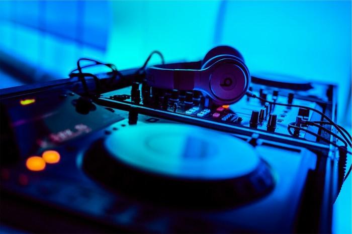 Профессия диджей. Часть 6. Ностальгия, DJ, Работа, Мат, Ночной клуб, Длиннопост