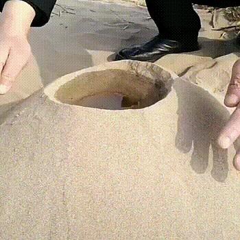 Вода + горячий песок