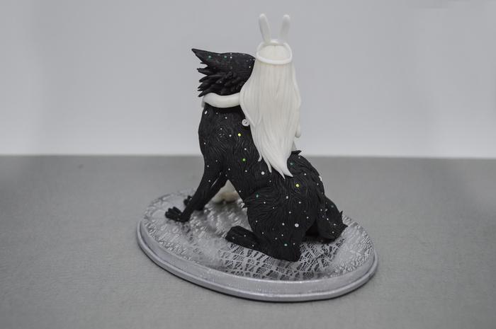 Звёздный волк и девушка-кролик. По мотивам иллюстрацииChiara Bautista. Chiara Bautista, Полимерная глина, Волк, Длиннопост, Фигурка, Девушки, Рукоделие, Рукоделие без процесса