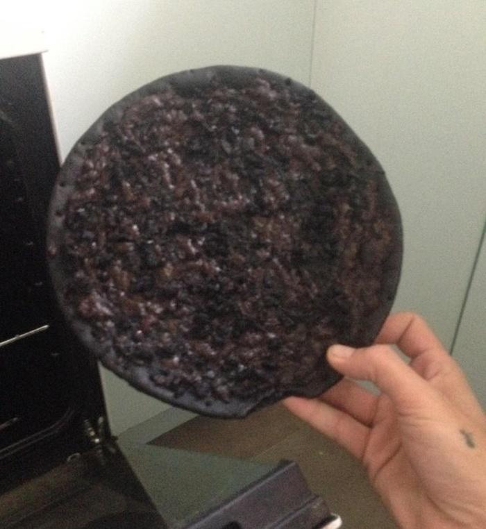 Слишком хорошо прожаренная пицца Юмор, Грусть, Голод, Пицца, Слишком, Жареная, Fail