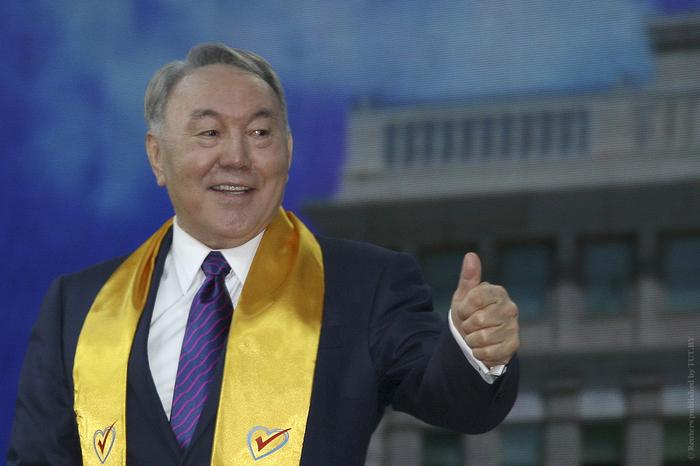 Человек и .. Казахстан, Павел Астахов, Нурсултан Назарбаев