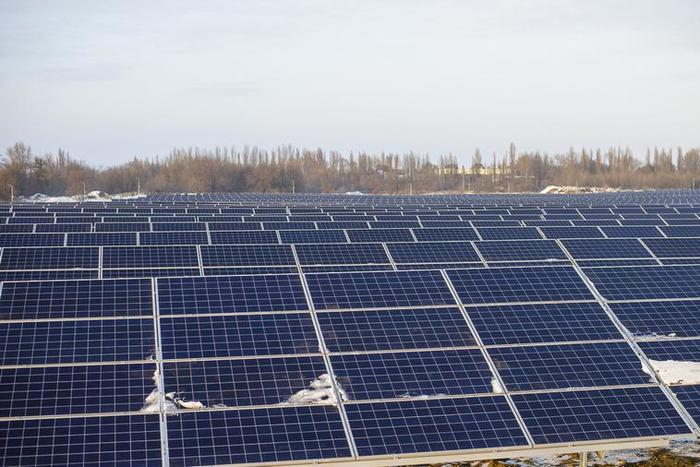 На Украине открыли солнечную электростанцию которая теперь входит в топ-3 солнечных станций европы. Длиннопост, Украина, Возобновляемая Энергия, Солнечные Панели, Новости, Энергетика, Технологии