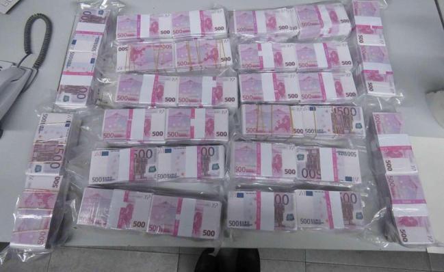 8 млн евро Германия, Деньги, Евро, Фальшивые деньги