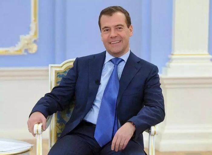 Пользователям «ВКонтакте» запретили комментировать прямую трансляцию с Медведевым Вконтакте, Дмитрий Медведев, Политика