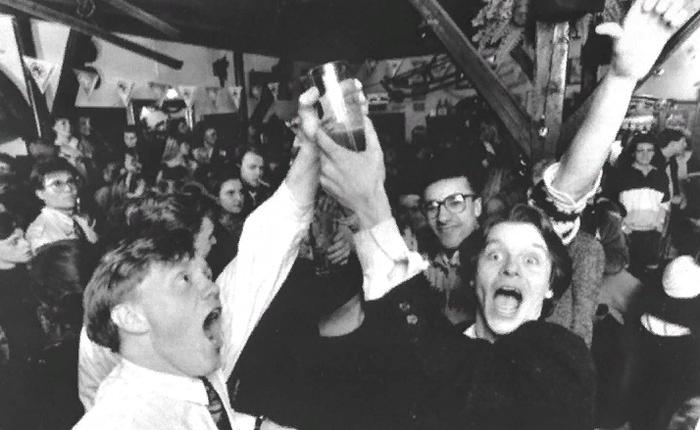 74 года без алкоголя! Исландия, Пиво, История