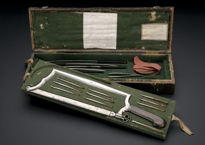 Хирургический набор времен Наполеона Хирургия, Медицинский инструмент