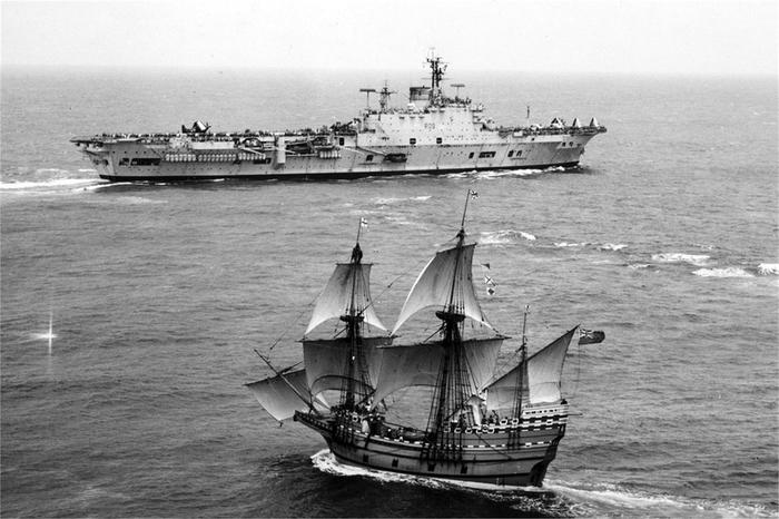 Встреча эпох Старое фото, Корабль, Парусник