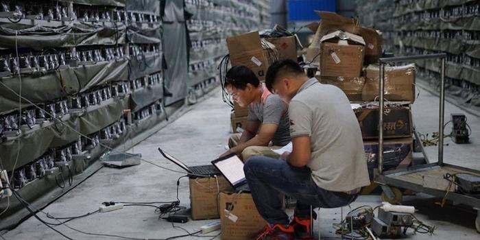 В Китае предлагают запретить майнинг криптовалют, потому что это глупая трата энергии Китай, Майнинг, Криптовалюта, Запрет