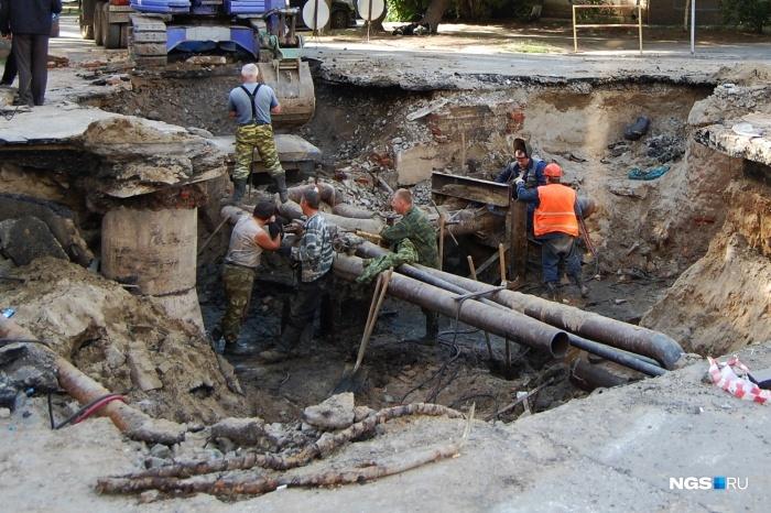 Постепенно подходит время замены теплосетей, которые построили еще при Хрущеве Ремонт, Теплосети, Сделано в СССР, Современные технологии