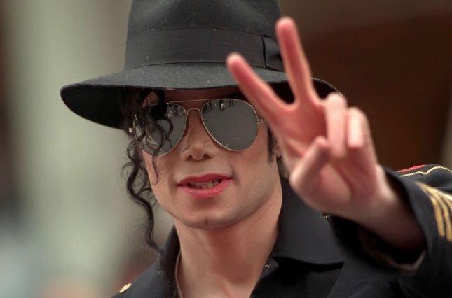"""Статья о Майкле Джексоне в опровержение фильму """"Покидая Неверленд"""". Майкл Джексон, Покидая Неверленд, Опровержение, Интересное, Обратная сторона медали, Копипаста, Длиннопост"""