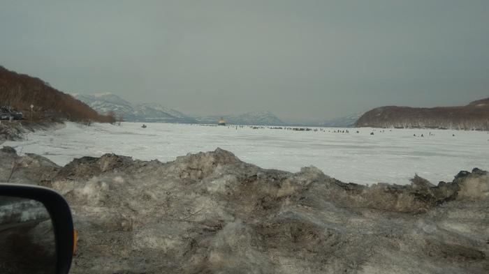 Ледокол vs рыбаки Камчатка, Зимняя рыбалка, Ледокол