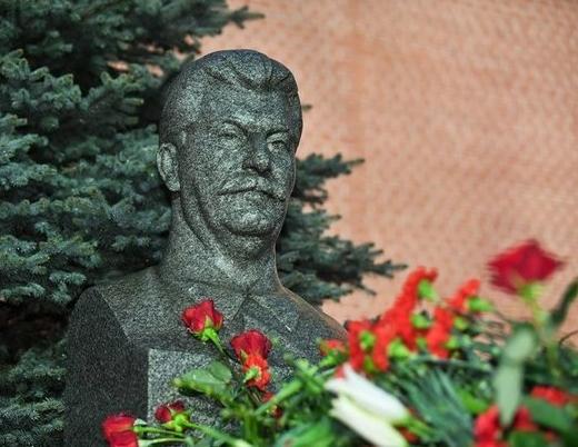 70% россиян положительно оценивают роль Сталина в истории СССР и мировой истории. Сталин, Опрос, Левада-Центр, Политика, СССР, Россия