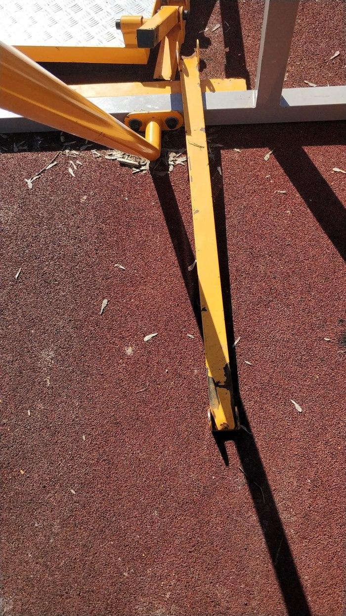 Люберецкие вандалы разрушили детскую площадку для инвалидов Вандализм, Люберцы, Инвалид, Негатив, Длиннопост, Детская площадка, Московская область