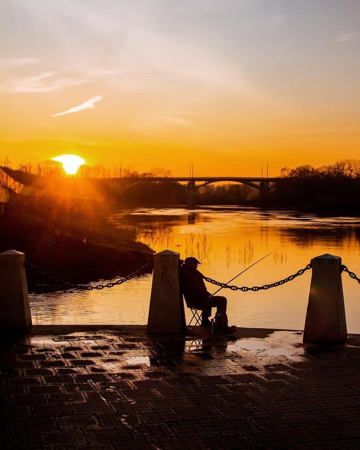 Немного моего города Набережная, Закат, Рыбак, Весна, Длиннопост, Смоленск