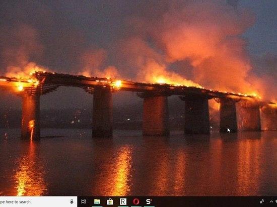 В Шиесе сожгли ночью мосты Шиес, Вывоз мусора, Мусор, Мусорный полигон, Мост